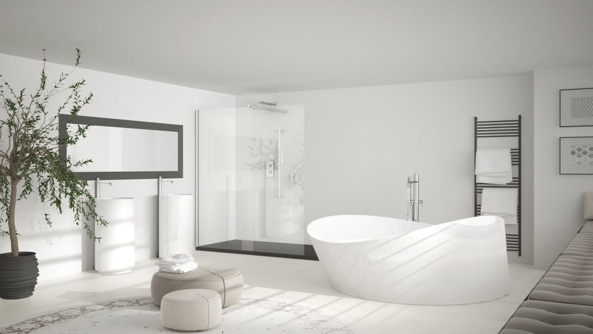 Large luxurious bathrooms are popular