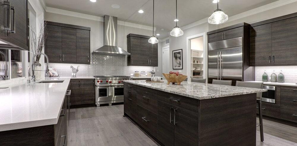 Kitchen renovations_Kitchen layouts - U-shaped kitchen with an island
